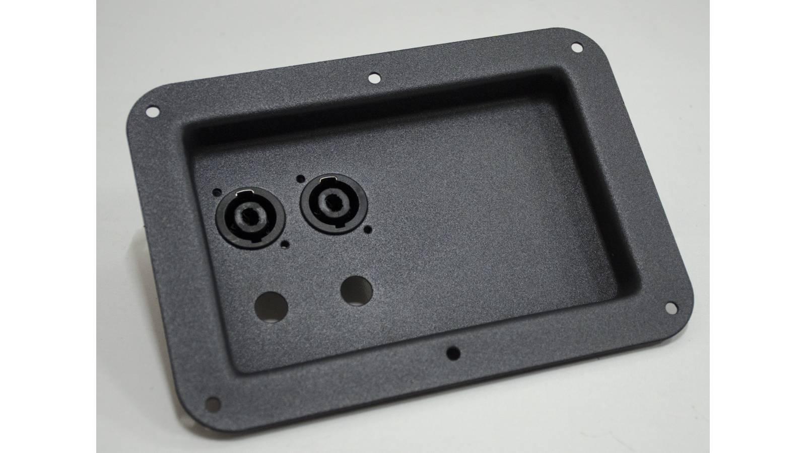 Bornera 100% metal para Bafles con Speakon chasis GCM Pro