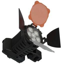 Foco Para Camaras de Foto Filmadoras Iluminación Profesional LED-5010