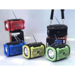 PARLANTE PORTATIL FM USB BLUETOOTH  CON LINTERNA LED D10