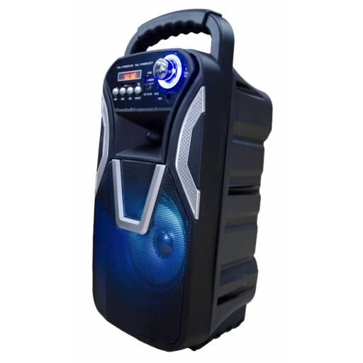 Parlante Portatil FM / USB / Bluetooth / LED G-3611DT